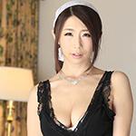 篠田あゆみ 『人妻メイドサロン!!』の DL 画像。
