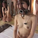綾香、みなみ、覆面女 強制口内発射2