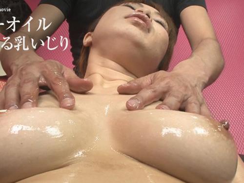 渡瀬優 - ベビーオイルぬるぬる乳いじり エロAV動画 Hey動画サンプル無修正動画