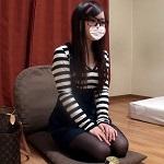 色白可愛い女の子 【個人撮影】限定版6 色白可愛い女の子のストッキングをずらして2チンポセックス!【素人ナンパ】