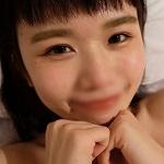 《完全素人》のマリちゃん 【個撮感】美乳の美容師の寝込みをおそったエロ動画。プライベートのイチャラブセックス