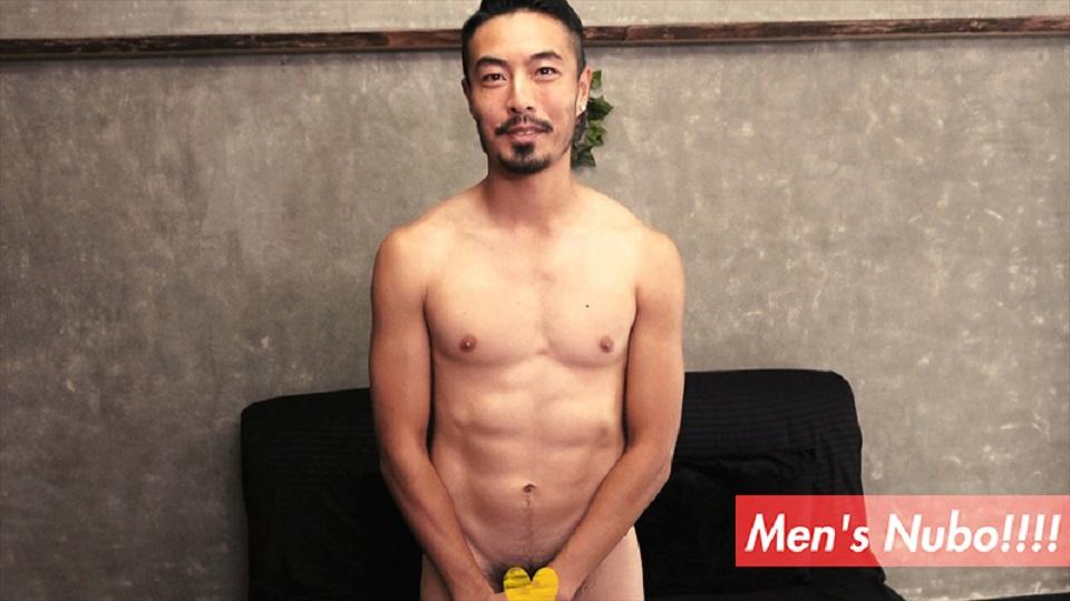 正統派アスリートイケメン、現る♪28歳元プロサッカー選手!!鍛え上げられた肉体に、赤黒くそそり勃つ巨根!!