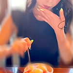 スレンダー美人パイパンお姉さん 「Hなお姉さんは嫌いですか?」スレンダー美人パイパンお姉さんが極上テクでザーメンを絞り取る!!