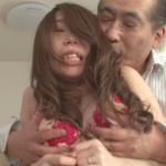 篠田あゆみ 夫の前で鬼畜義父に寝取られて・・・。