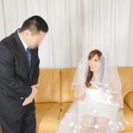 葵 Be My Bride... ウェディングドレスに憧れ続けた美少年 女装子DEBUT 葵23歳